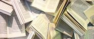 viele Bücher im Chaos